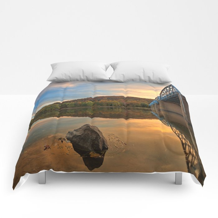 Point of Rocks Sunset Comforters
