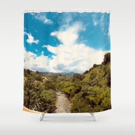 Rio en la jungla Shower Curtain