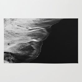 Black Sand White Wave Rug