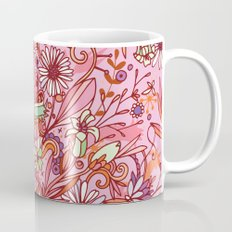 Daisy and Bellflower pattern, pink Mug