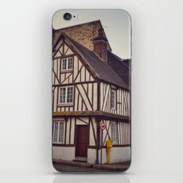 Post and Beam House in Dieppe iPhone Skin