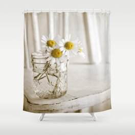 Simple White Daisy Flowers Shower Curtain