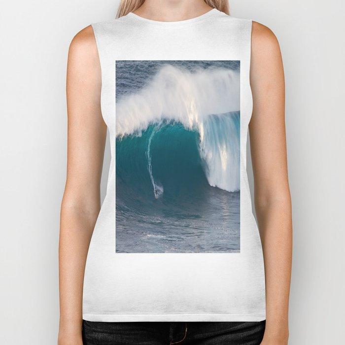 "Surfing ""Jaws"" (Pe'ahi) Biker Tank"