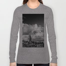 Istanbul: A Fusion of Black and White Long Sleeve T-shirt