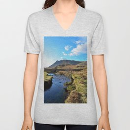 countess beck wastwater Unisex V-Neck