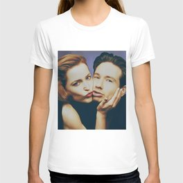 The Schmoopies - Gillian and David T-shirt