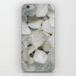 Hortênsias brancas com água iPhone Skin