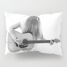Dreaming On Pillow Sham