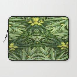 Celtic Yuletime Laptop Sleeve