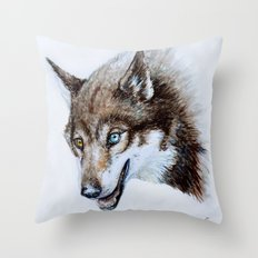 Heterocromia wolf Throw Pillow