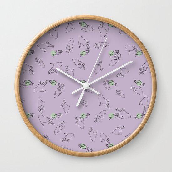 Catch em Wall Clock