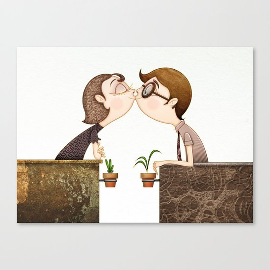 Beso Canvas Print