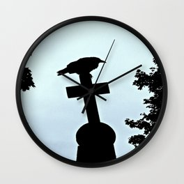 Pere-Lachaise Raven Wall Clock