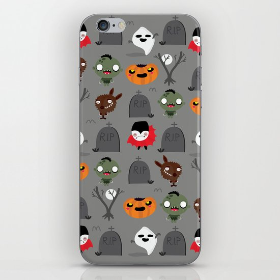 Not that spooky halloween iPhone Skin