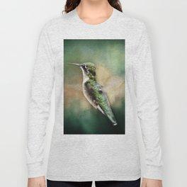 Single Humming bird in flight Long Sleeve T-shirt