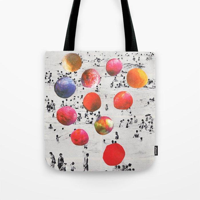 BEACH BALLS Tote Bag