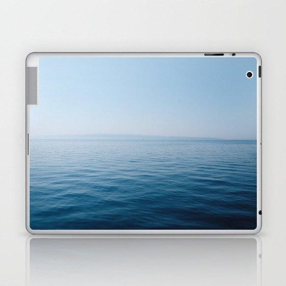 Wonderful Horizon Laptop & iPad Skin