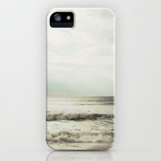 Distractions Slim Case iPhone (5, 5s)