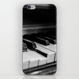 Old Piano iPhone Skin
