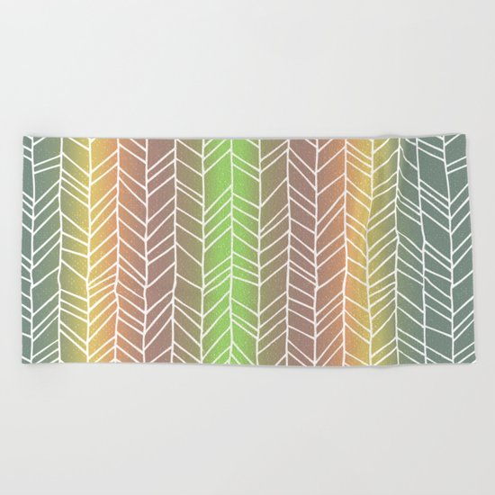 Colorful Rainbow Feather Pattern Beach Towel