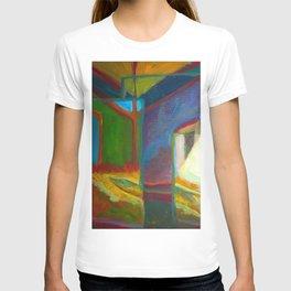 Critter. T-shirt