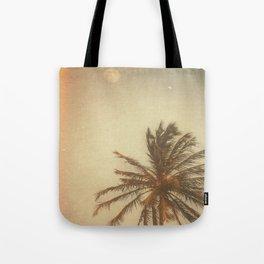 minha terra tem coqueiros Tote Bag