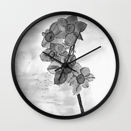 5 flowers in black and white Wall Clock