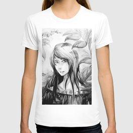 Lady in Garden BW T-shirt