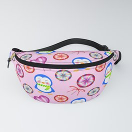 Funny happy baby penguins and sweet vintage retro lollipops. Cute pink winter pattern design. Fanny Pack