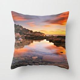 BEAUTIFUL SEASCAPE Throw Pillow