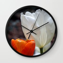 Red and White Tulip Wall Clock