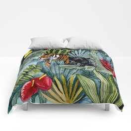 Jungle with tiger and tucan Comforters