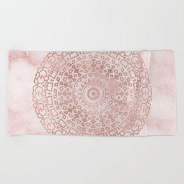 Misty pink marble rose gold mandala Beach Towel