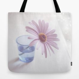Chasing love Tote Bag