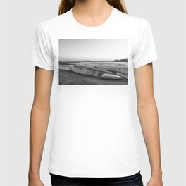Magnolia Pier at sunset Black and white T-shirt