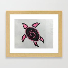 Turtel in love Framed Art Print