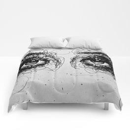 MORE EYEZ Comforters