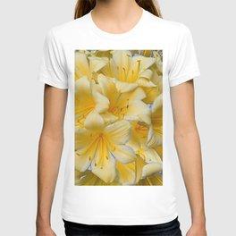 IVORY COLOR CLIVIA FLOWERS T-shirt