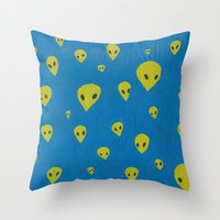 aliens Throw Pillows featuring aliens by demii whiffin