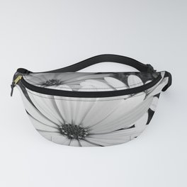 Daisy garden in black and white Fanny Pack