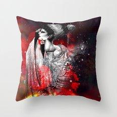 LE VIEIL AMANT Throw Pillow
