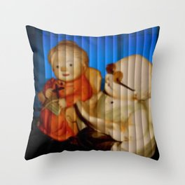 SENIORENPAAR. Throw Pillow