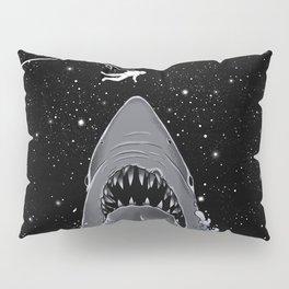 Astronaut Meet the Jaws Pillow Sham