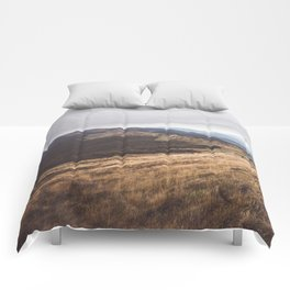 Over the hills and far away Comforters