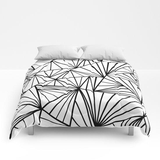 Ab Fan Zoom Invert  Comforters