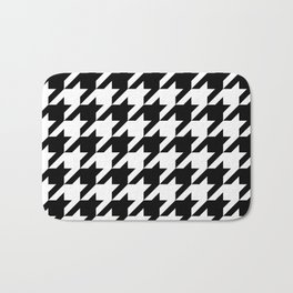 Classic Houndstooth Pattern Bath Mat