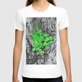 Clover Cluster T-shirt
