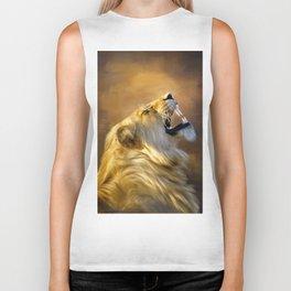 Roaring lion portrait Biker Tank