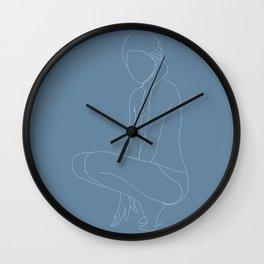 Minimal feminine figure N 3 Wall Clock