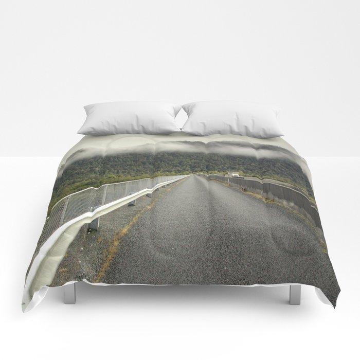 MacIntosh Dam Wall Comforters